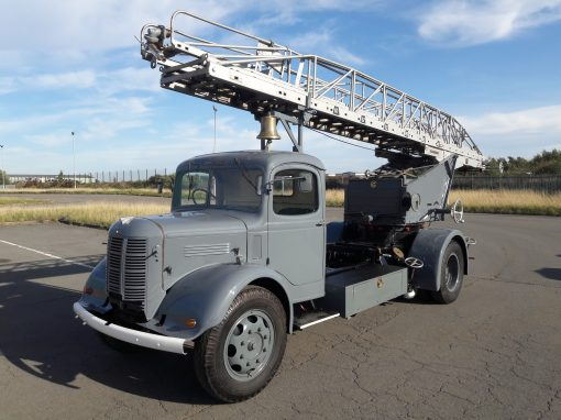 Austin K4 Turntable Ladder